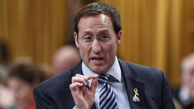 MacKay stands by F-35 jets, calls cost jump an accounting issue